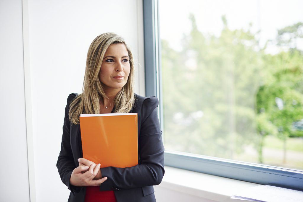 LeasePlan UK Woman holding folder