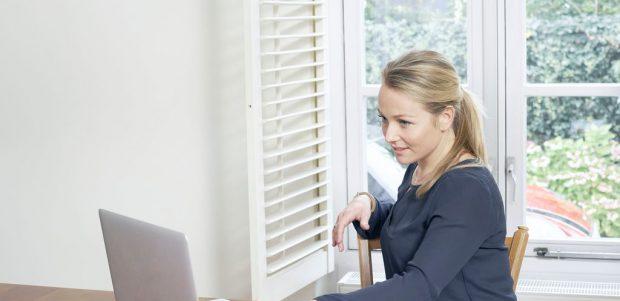 Woman watching lease accounting webinar